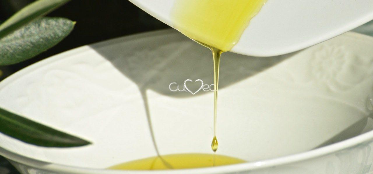 Tropfen Taggiasca Öl - Cuvea